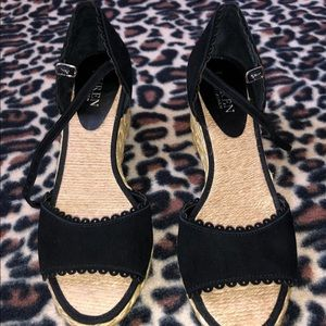 Ralph Lauren black wedges size 8 never worn
